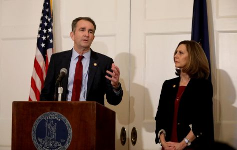 Democrats maintain pressure on Virginia governor to resign