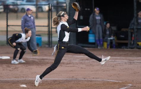 Numbers indicate early-season success for Iowa softball