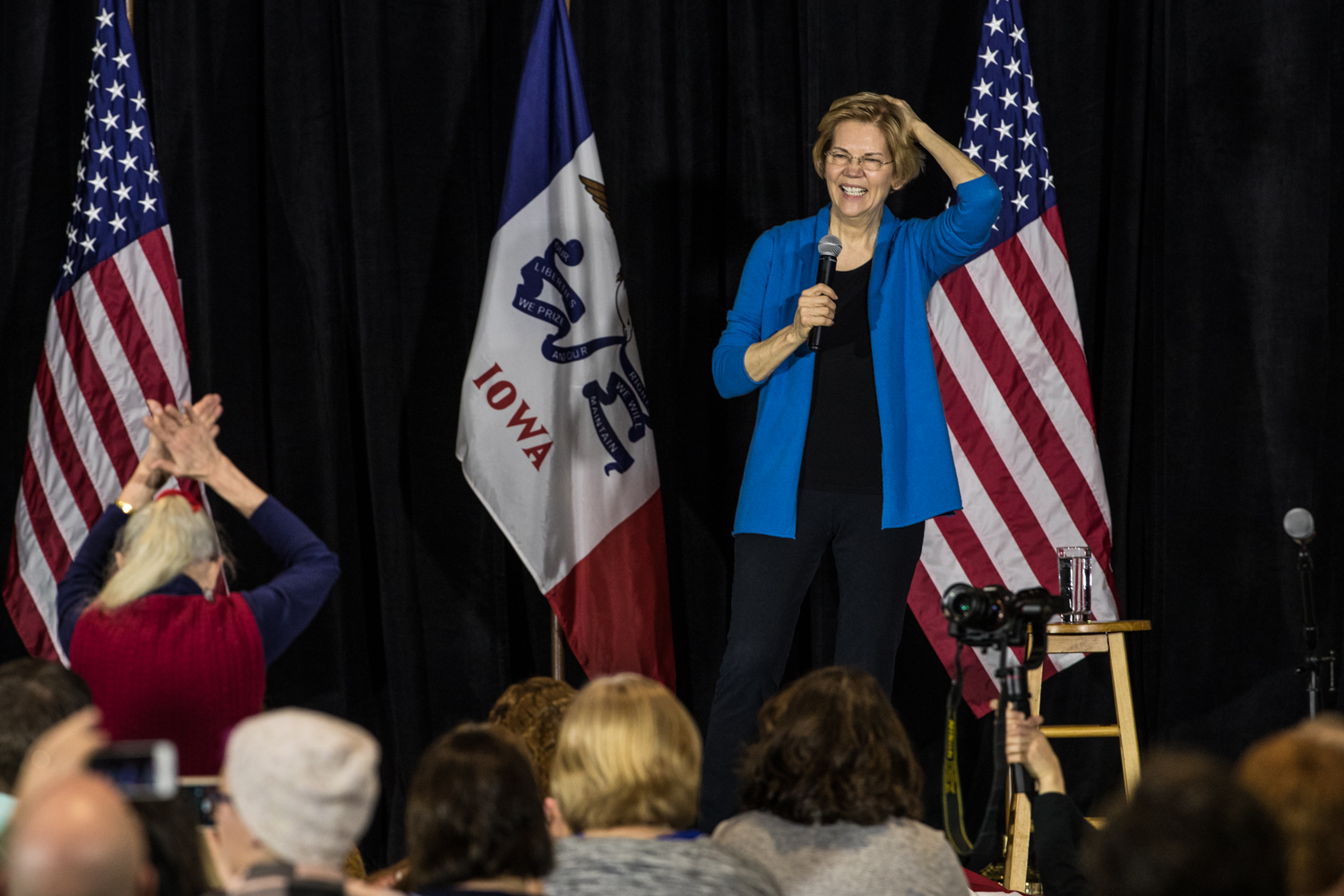 Supporters+applaud+during+a+campaign+rally+in+Cedar+Rapids%2C+IA%2C+on+Sunday%2C+February+10%2C+2019.+