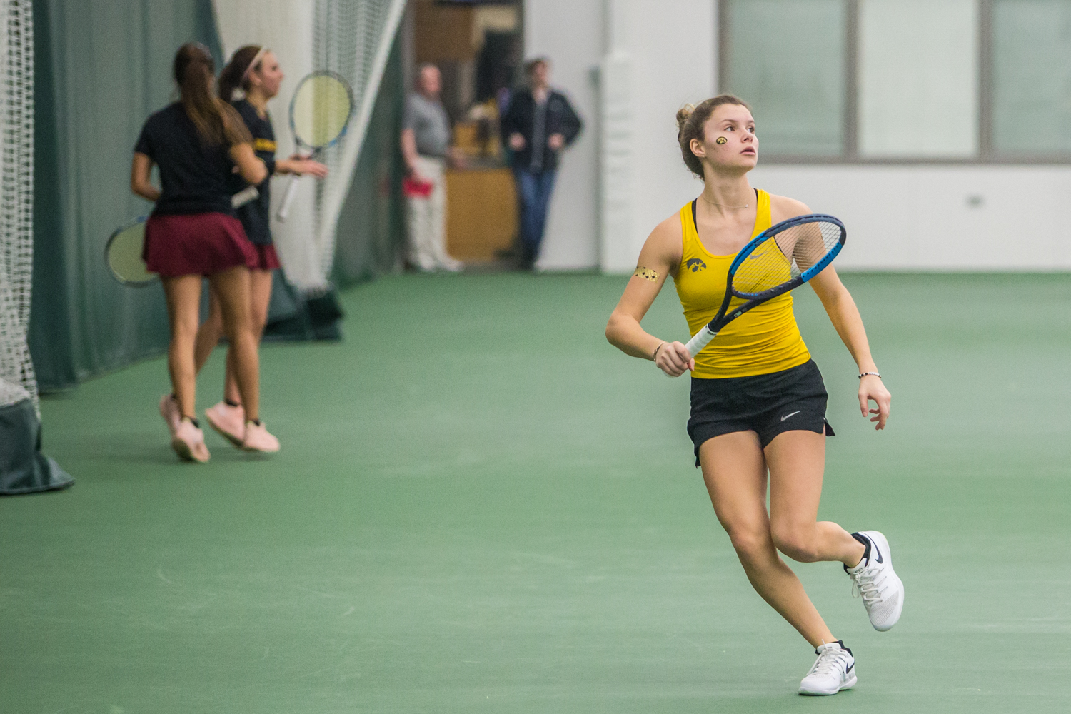 Iowa%27s+Cloe+Ruette+watches+the+ball+during+a+women%27s+tennis+matchup+between+Iowa+and+Iowa+State+at+the+Hawkeye+Tennis+and+Recreation+Complex+on+Friday%2C+February+8%2C+2019.++The+Hawkeyes+dropped+the+doubles+point+but+swept+singles+matches%2C+defeating+the+Cyclones+4-1.