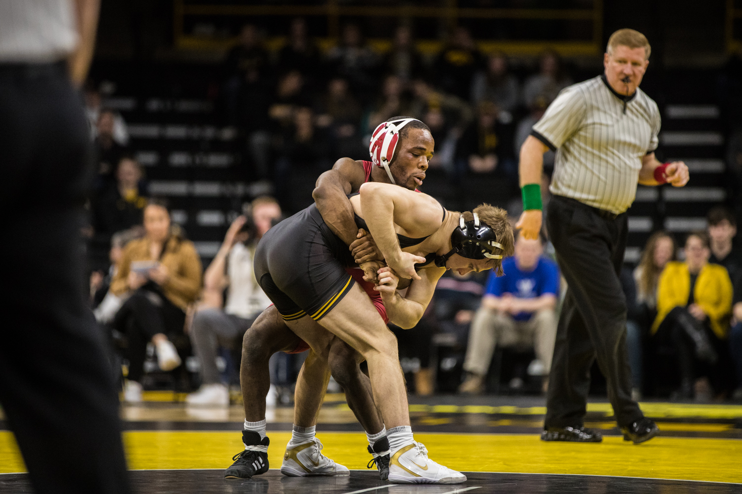 Iowa%27s+No.+2+Spencer+Lee+wrestles+Indiana%27s+Elijah+Oliver+at+125lb+during+a+wrestling+match+between+Iowa+and+Indiana+at+Carver-Hawkeye+Arena+on+Friday%2C+February+15%2C+2019.+The+Hawkeyes%2C+celebrating+senior+night%2C+defeated+the+Hoosiers+37-9.