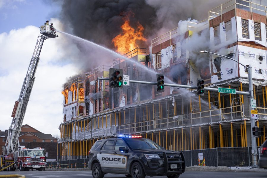 Firefighters+respond+to+a+structure+fire+at+Burlington+and+Clinton+on+Tuesday%2C+March+5.