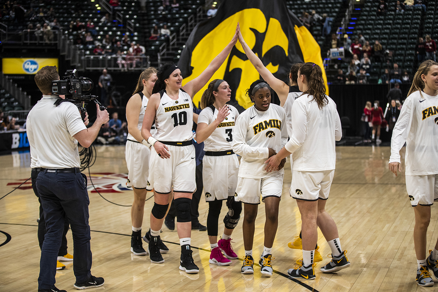 Hawkeye Womens Basketball In Position For A Rutgers