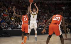 Hawkeyes prepping for Cincinnati in return to NCAA Tournament