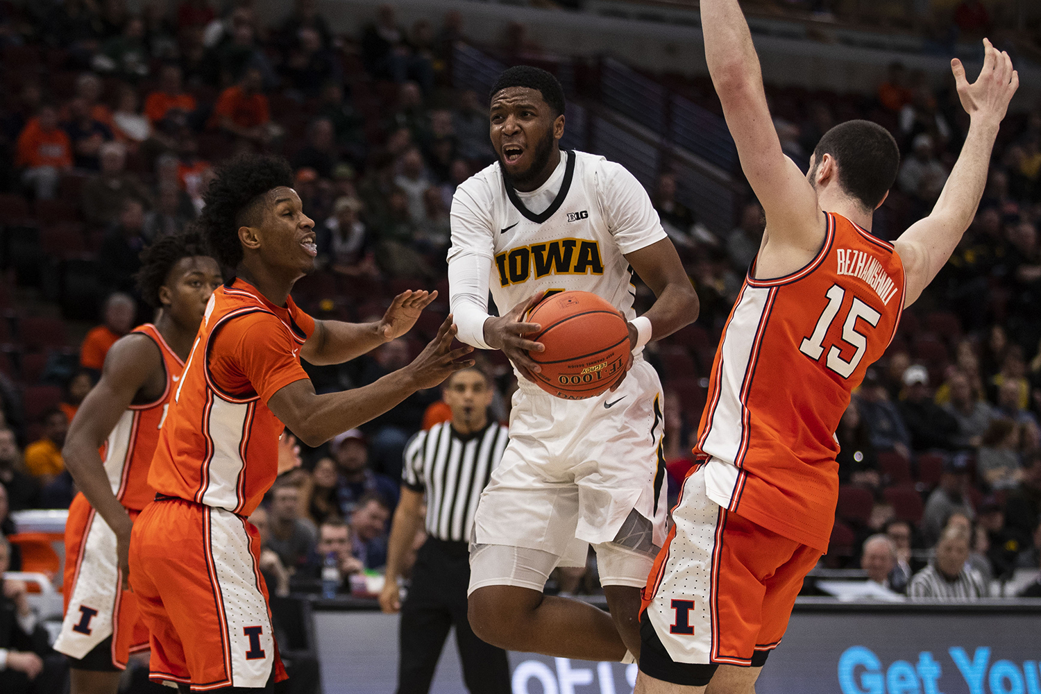 Iowa guard Isaiah Moss drives to the basket during the Iowa/Illinois Big Ten Tournament men's basketball game in the United Center in Chicago on Thursday, March 14, 2019. The Hawkeyes defeated the Fighting Illini, 83-62. (Lily Smith/The Daily Iowan)