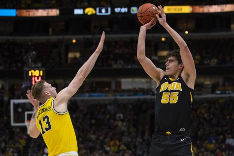 Baer leads Hawkeyes in his last Big Ten Tournament