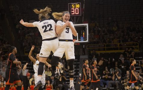 Iowa women advance to Sweet 16 with win over Missouri