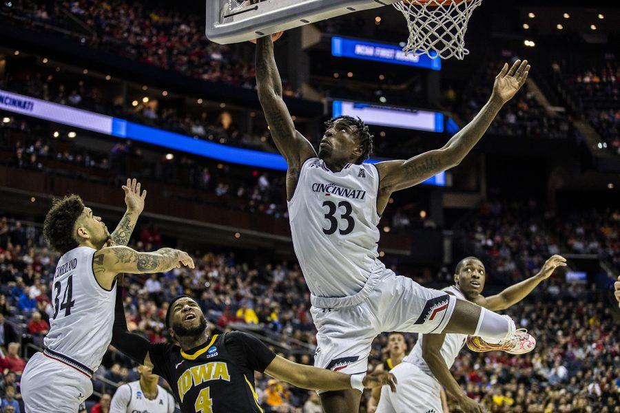 Photos: Men's Basketball vs. Cincinnati in the NCAA Tournament (3/22/19)