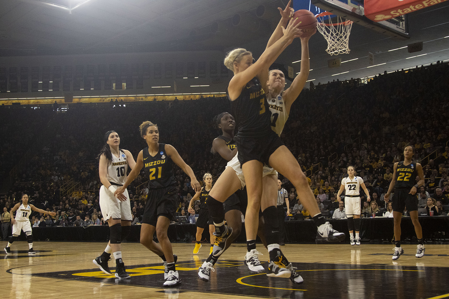 Iowa+forward+Hannah+Stewart+fights+for+a+rebound+with+Mizzou+guard+Sophie+Cunningham+during+the+Iowa%2FMizzou+NCAA+Tournament+second+round+women%27s+basketball+game+in+Carver-Hawkeye+Arena++on+Sunday%2C+March+24%2C+2019.+The+Hawkeyes+defeated+the+Tigers%2C+68-52.+