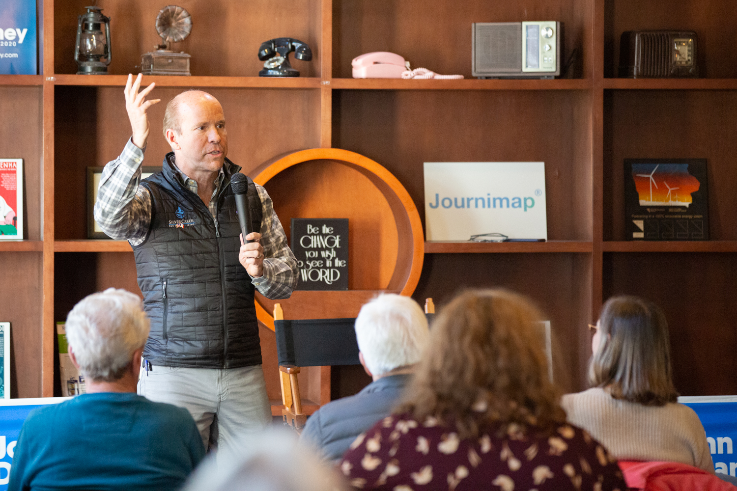 Former congressman and current democratic presidential candidate John Delaney speaks to an audience at Merge in Iowa City on Sunday, Mar. 31, 2019. (David Harmantas/The Daily Iowan)