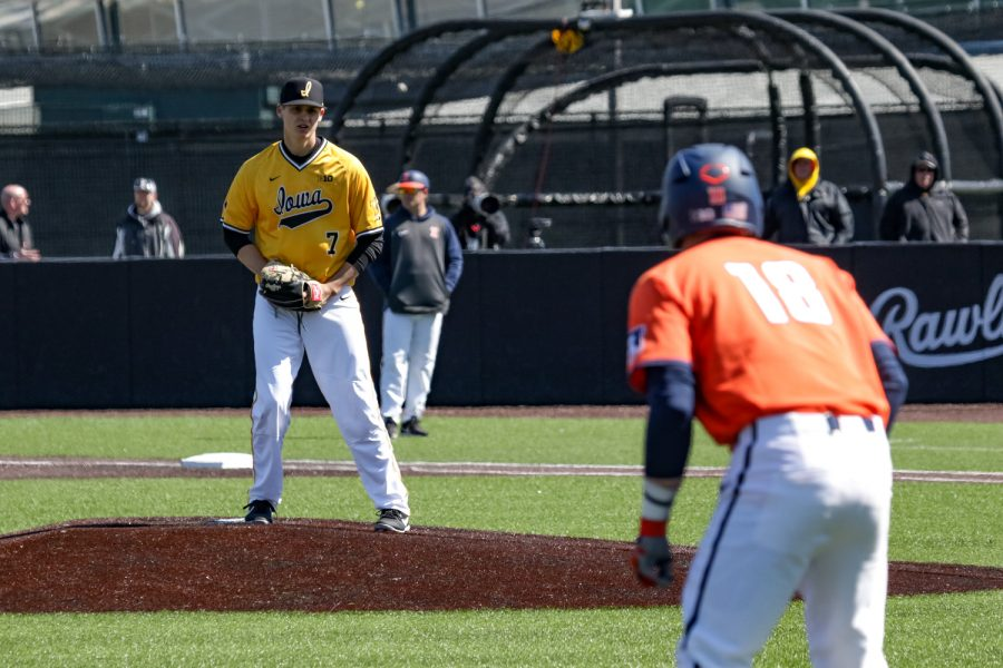 Iowa%27s+Grant+Judkins+looks+back+towards+third+base+during+a+baseball+game+against+the+University+of+Illinois+on+Sunday%2C+Mar.+31%2C+2019.+The+Hawkeyes+defeated+the+Illini+3-1.+