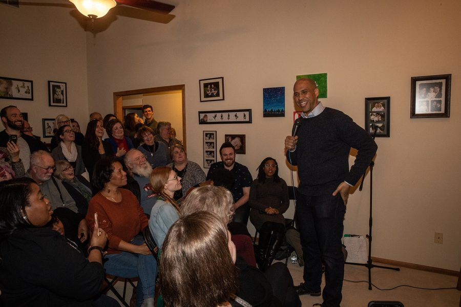 Sen.+Cory+Booker%2C+D-N.J.+during+a+community+forum+at+in+on+Friday%2C+February+8%2C+2019.+Sen.+Booker+announced+his+campaign+to+run+for+president+on+February+1%2C+2019.+