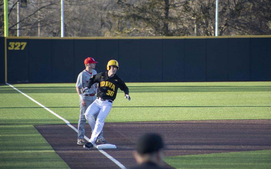 Connor+McCaffery+going+all-in+on+Hawkeye+baseball
