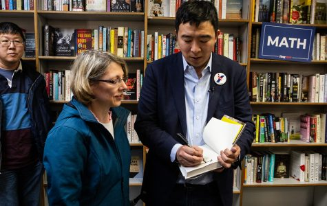 2020 presidential book club: Andrew Yang latest to tout political book at Prairie Lights