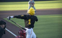 Hawkeye baseball downs Braves with eighth-inning rally