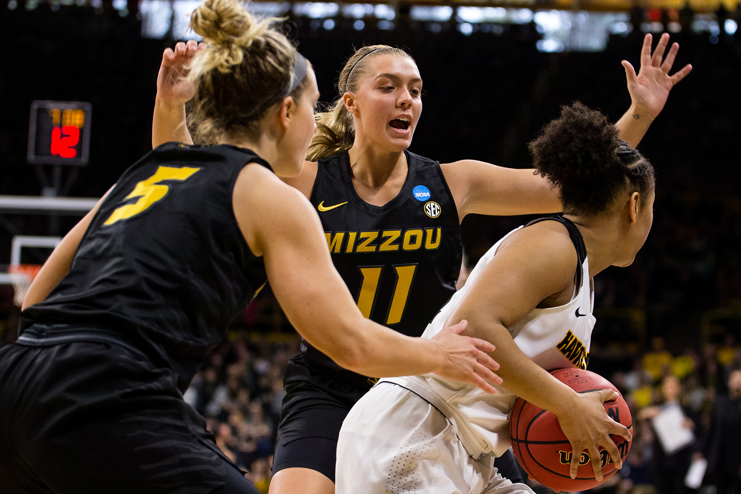 Iowa+guard+Tania+Davis+%2811%29+looks+for+a+teammate+to+pass+the+ball+to+during+the+Iowa%2FMissouri+NCAA+Tournament+second+round+women%E2%80%99s+basketball+game+in+Carver-Hawkeye+Arena+in+Iowa+City%2C+Iowa+on+Sunday%2C+March+24%2C+2019.+The+Hawkeyes+defeated+the+Tigers+68-52.