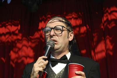 Unique comic Neil Hamburger is coming to Iowa City