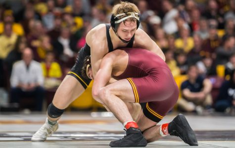 Northwestern's Rivera beats Lee in Big Ten finals