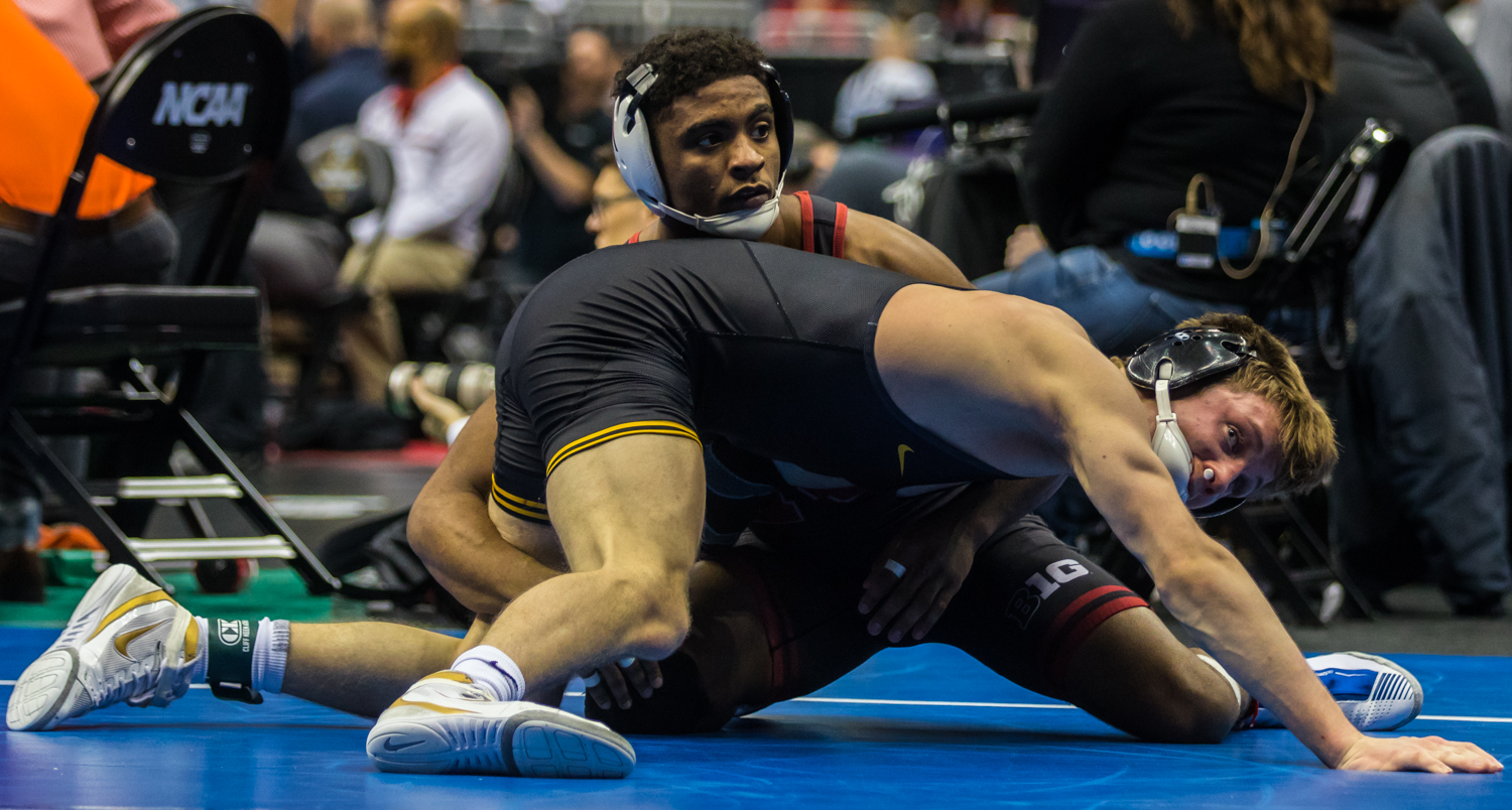 Iowa%E2%80%99s+141-pound+Max+Murin+wrestles+Nebraska%E2%80%99s+Chad+Red+during+the+fourth+session+of+the+2019+NCAA+D1+Wrestling+Championships+at+PPG+Paints+Arena+in+Pittsburgh%2C+PA+on+Friday%2C+March+22%2C+2019.+Red+won+by+decision%2C+4-1.