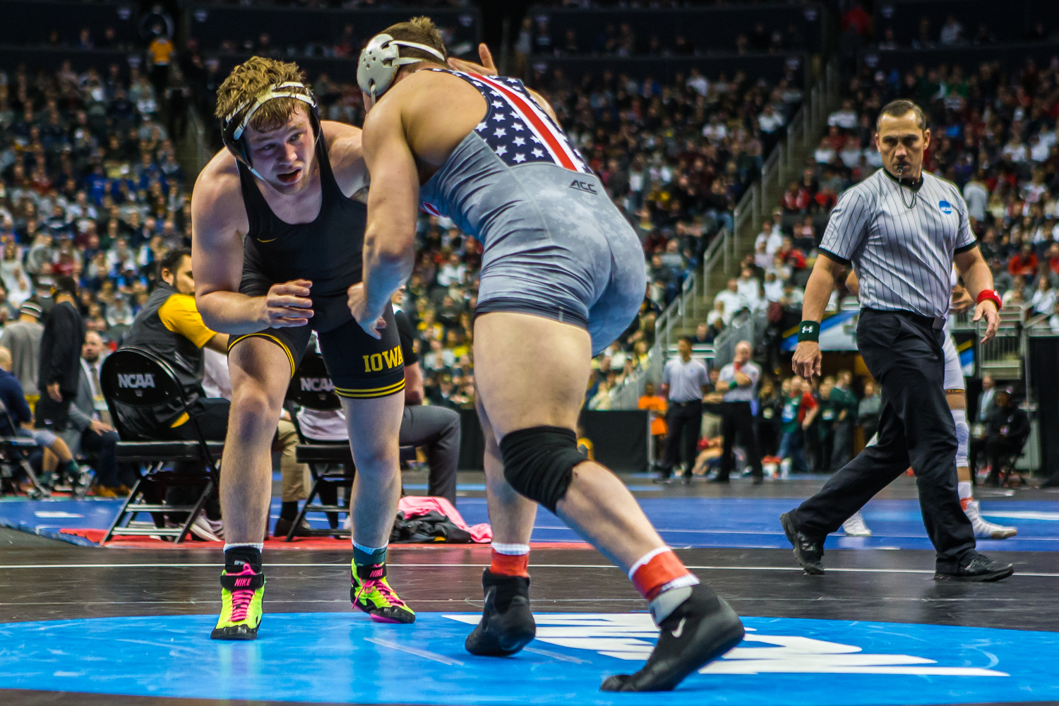 Iowa%E2%80%99s+197-pound+Jacob+Warner+wrestles+Virginia+Tech%E2%80%99s+Tom+Sleigh+during+the+fourth+session+of+the+2019+NCAA+D1+Wrestling+Championships+at+PPG+Paints+Arena+in+Pittsburgh%2C+PA+on+Friday%2C+March+22%2C+2019.+Warner+won+by+decision%2C+6-2.