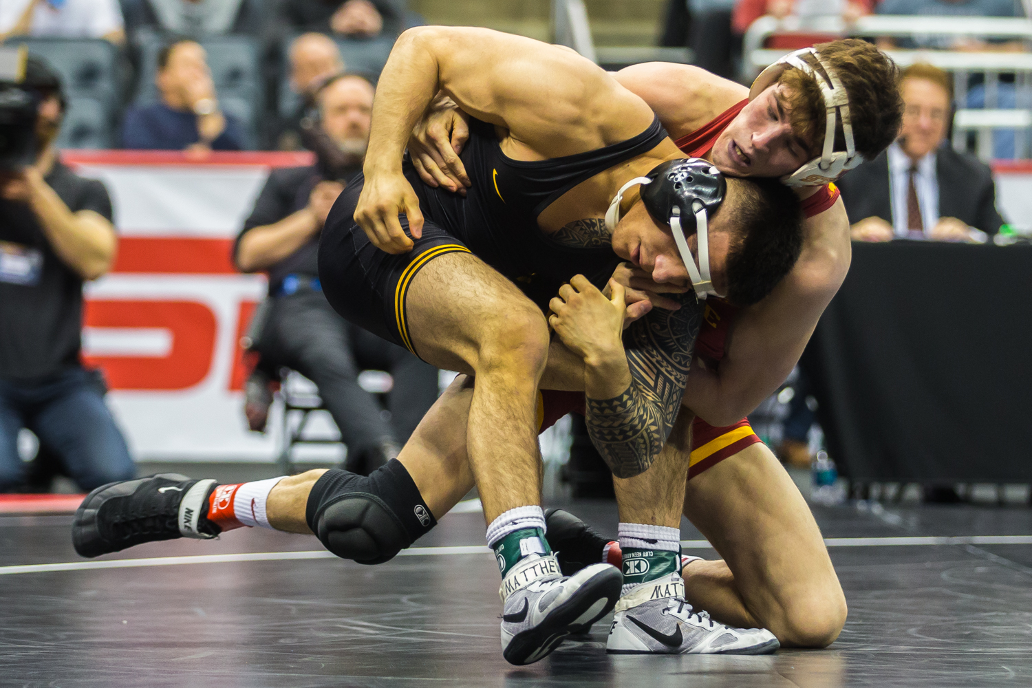Iowa%E2%80%99s+149-pound+Pat+Lugo+wrestles+Iowa+State%E2%80%99s+Jarrett+Degen+during+the+fifth+session+of+the+2019+NCAA+D1+Wrestling+Championships+at+the+PPG+Paints+Arena+in+Pittsburgh%2C+PA+on+Saturday%2C+March+23%2C+2019.+Degen+won+by+decision%2C+11-9%2C+and+earned+seventh+in+the+weight+class.