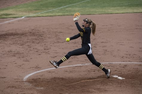 Iowa softball set to tackle small details during Drake road trip