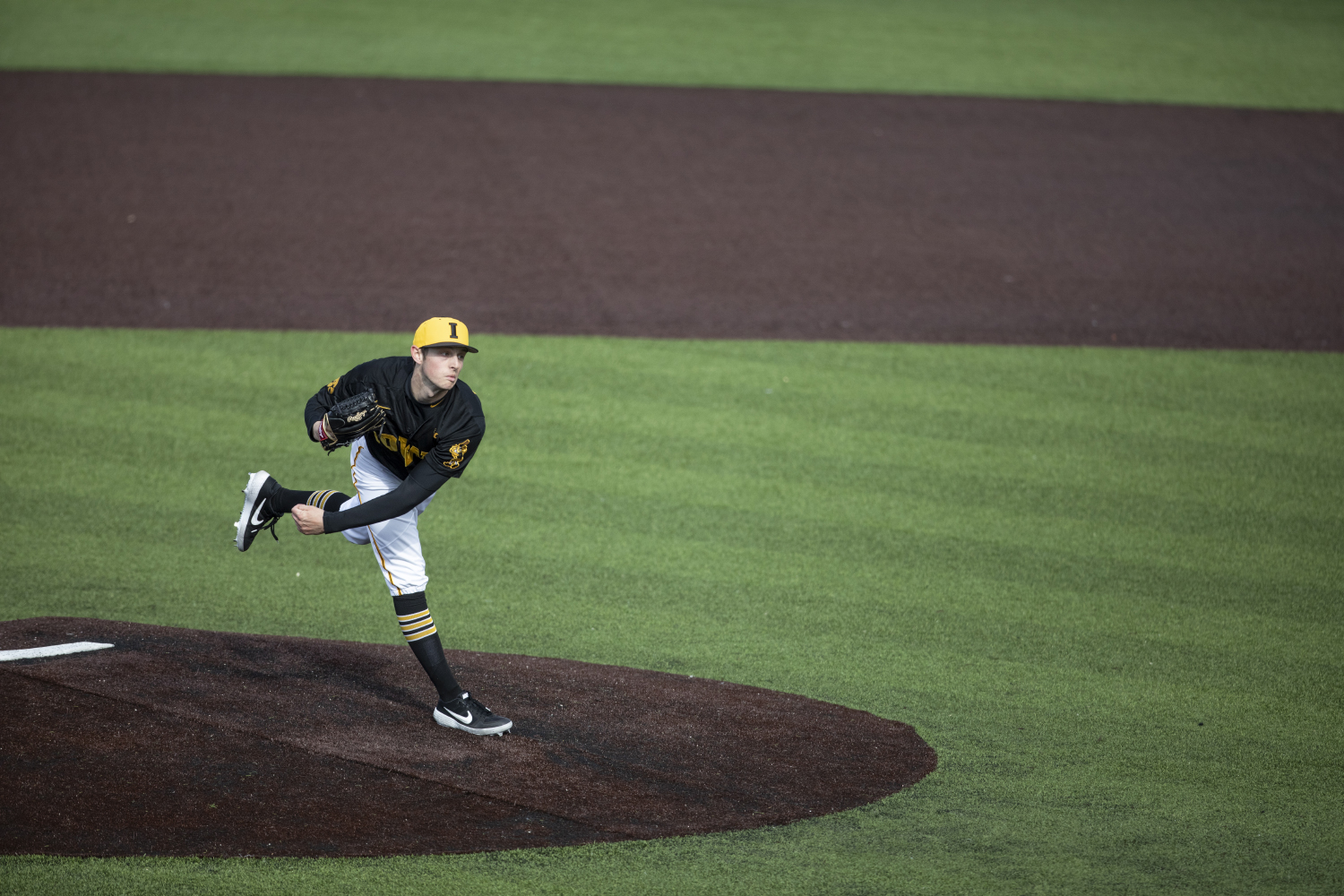 Hawkeye pitcher Trenton Wallace pitches during the baseball game against Illinois at Duane Banks Field on March 30, 2019. The Hawkeyes defeated the Fighting Illini 2-1 after the 9th inning.