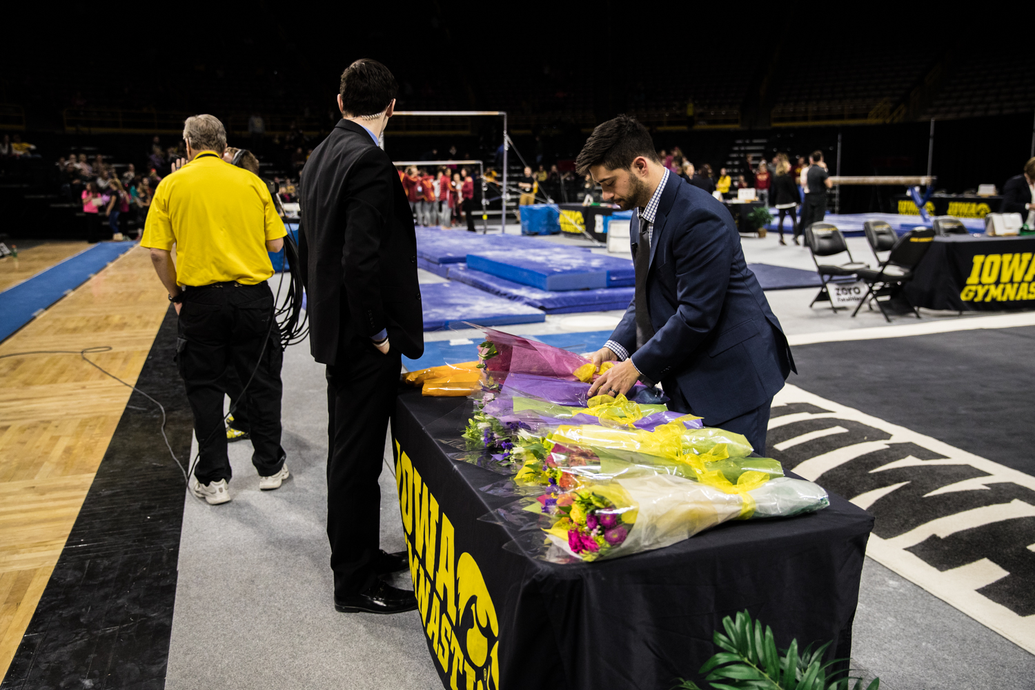 Flowers+are+arranged+after+a+women%27s+gymnastics+meet+between+Iowa+and+Iowa+State+at+Carver-Hawkeye+Arena+on+Friday%2C+March+1%2C+2019.+The+Hawkeyes%2C+celebrating+senior+night%2C+fell+to+the+Cyclones%2C+196.275-196.250.