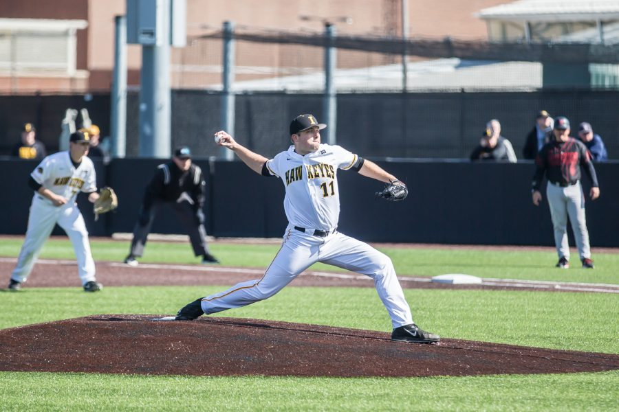Iowa+pitcher+Cole+McDonald+throw+a+pitch+during+a+baseball+game+between+Iowa+and+Cal-State+Northridge+at+Duane+Banks+Field+on+Saturday%2C+March+16%2C+2019.+The+Hawkeyes+dropped+their+home+opener+to+the+Matadors%2C+8-5.