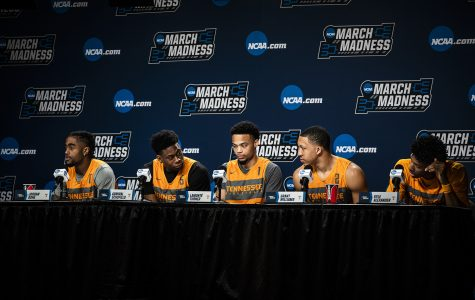 Highlights from Tennessee basketball Saturday press conference