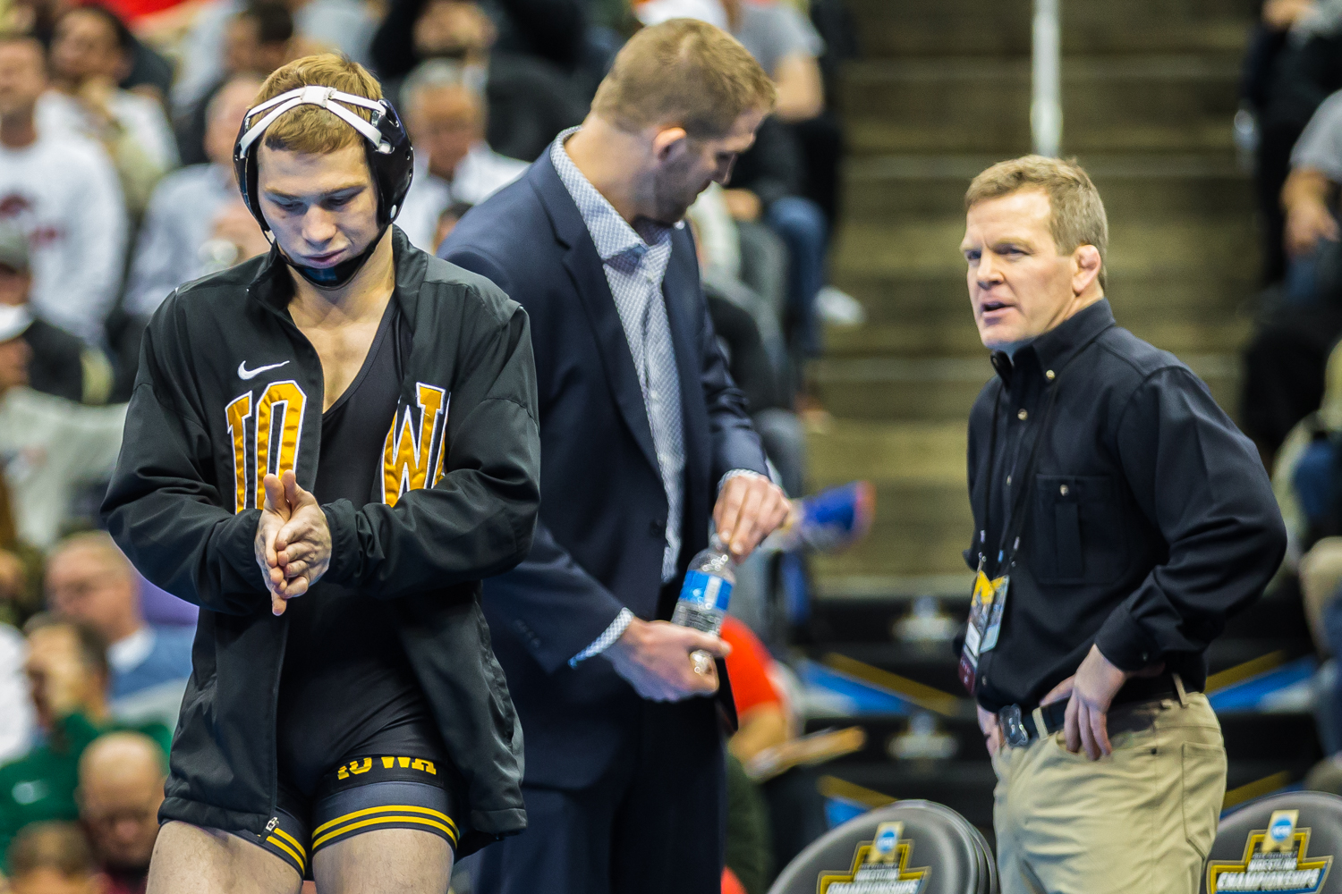 Iowa%E2%80%99s+125-pound+Spencer+Lee+prepares+to+wrestle+Virginia%E2%80%99s+Jack+Mueller+during+the+final+session+of+the+2019+NCAA+D1+Wrestling+Championships+at+PPG+Paints+Arena+in+Pittsburgh%2C+PA+on+Saturday%2C+March+23%2C+2019.+Lee+won+by+decision%2C+5-0%2C+and+defended+his+national+title.
