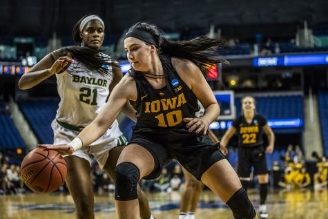 Highlights from Iowa basketball's press conference
