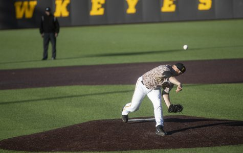 Hawkeye baseball wins fifth-straight conference series