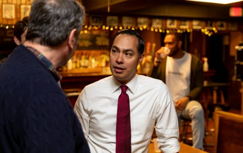 Photos: Julian Castro at The Mill (4/14/19)