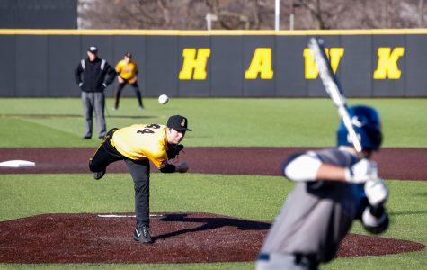 Iowa baseball escapes Clarke, 3-2