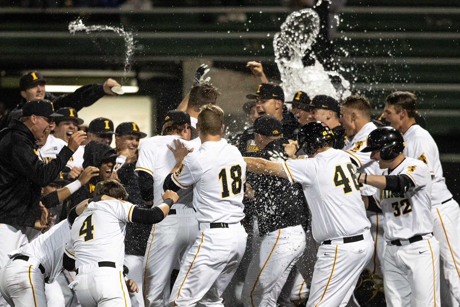 Iowa+outfielder+Justin+Jenkins+bunts+during+the+baseball+game+against+Milwaukee+at+Duane+Banks+Field+on+Tuesday%2C+April+23%2C+2019.+The+Hawkeyes+defeated+the+Panthers+5-4.