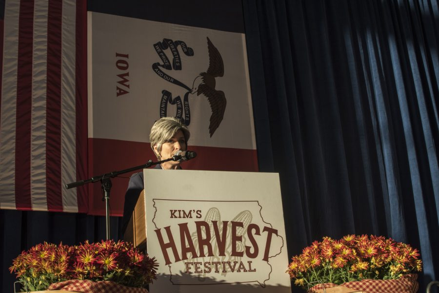 Joni+Ernst+speaks+at+the+Second+Annual+Harvest+Festival+on+Saturday%2C+October+13%2C+2018.+The+event+was+a+fundraiser+for+current+governor+Kim+Reynolds.+