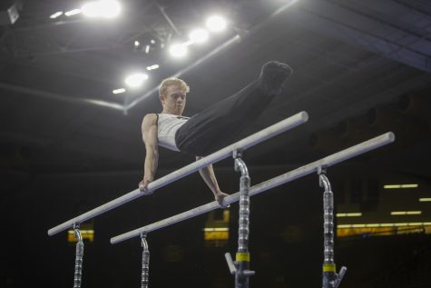 Iowa men's gymnastics scores upset over No. 3 Michigan