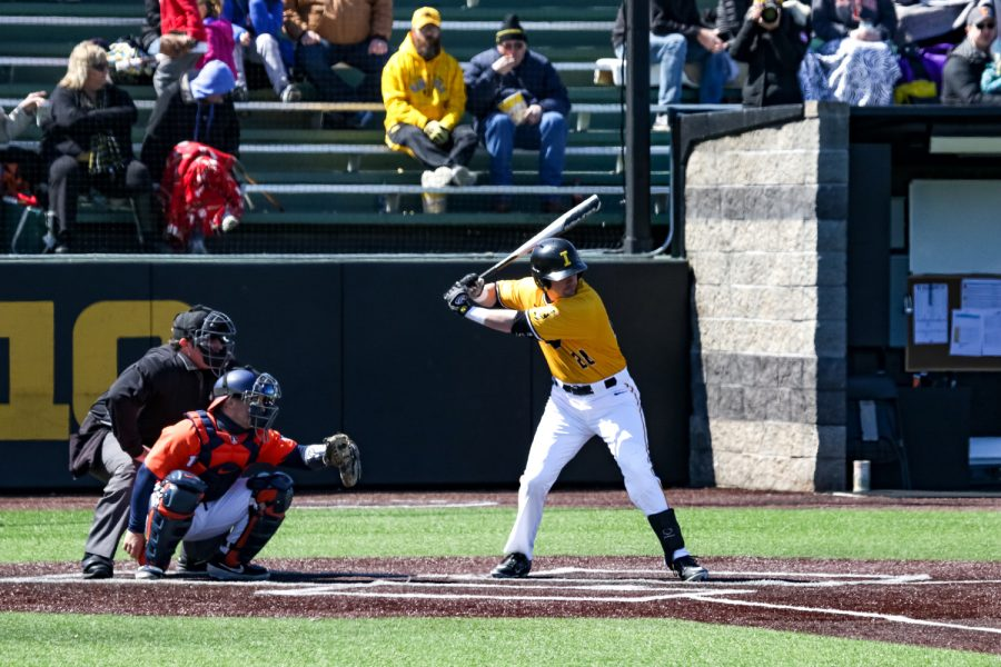 Iowa%27s+Chris+Whelan+stands+in+the+batters+box+during+a+baseball+game+against+the+University+of+Illinois+on+Sunday%2C+Mar.+31%2C+2019.+The+Hawkeyes+defeated+the+Illini+3-1.