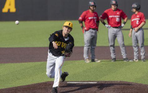 Iowa baseball falls short at Maryland despite late rally