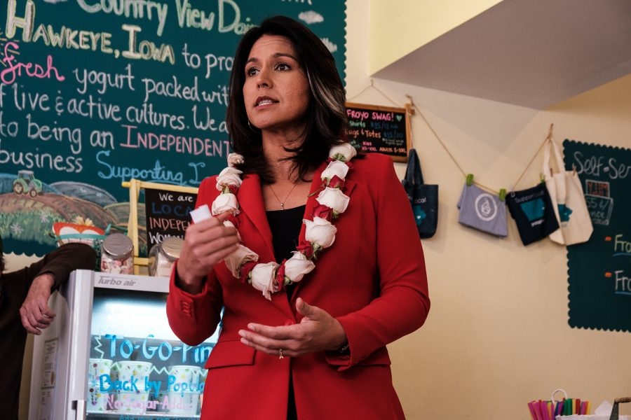 Rep.+Tulsi+Gabbard%2C+D-Hawaii+speaks+to+the+audience+during+a+meet-and-greet+at+Yotopia+in+Iowa+City+on+Tuesday%2C+April+16%2C+2019.+Attendees+gathered+to+listen+to+Gabbard+discuss+topics+such+as+defunding+regime+changing+wars%2C+environmental+policies%2C+and+medicare+for+all.