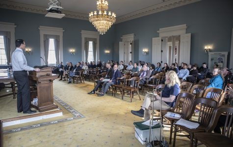 UI Faculty Senate approves new freedom-of-expression policy
