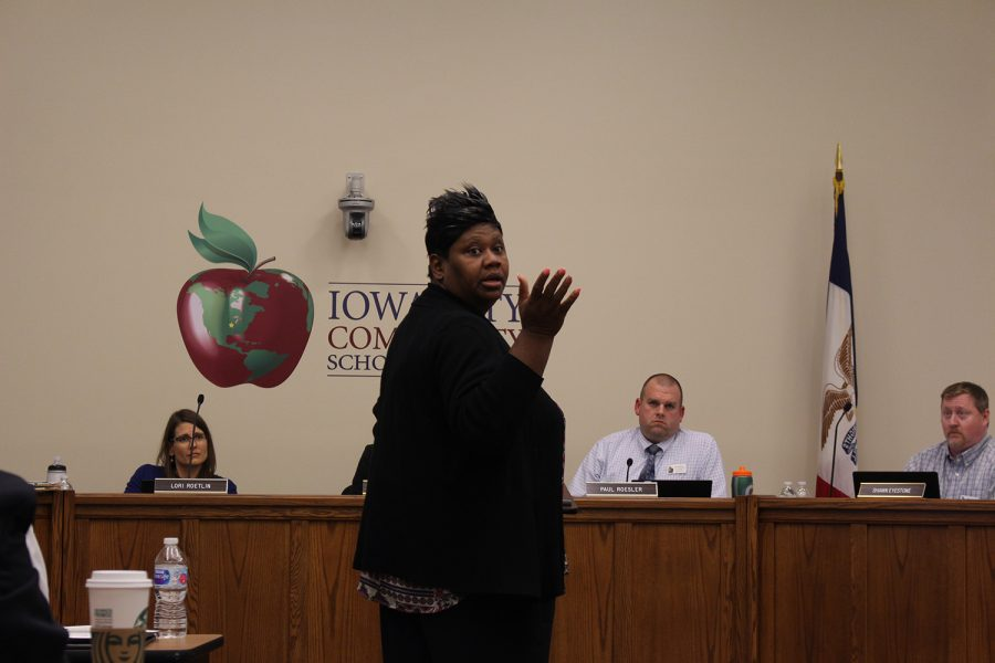 Member+of+the+Johnson+County+Board+of+Supervisors+Royceann+Porter+speaks+to+the+school+board+during+their+meeting+on+April+23%2C+2019.+