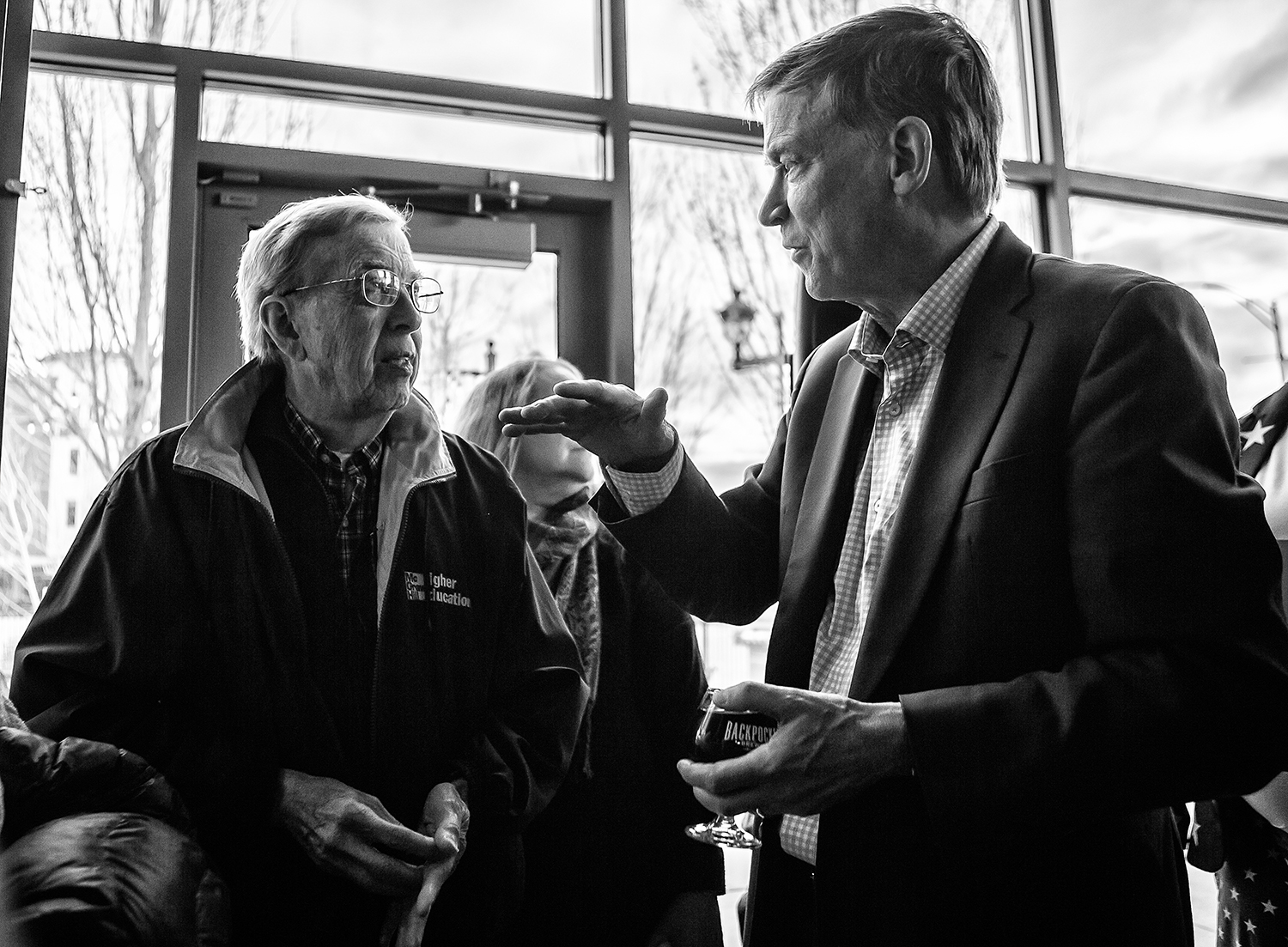 Former+Colorado+Gov.+John+Hickenlooper+meets+with+supporters+at+Backpocket+Brewery+in+Coralville+on+Friday%2C+April+12%2C+2019.