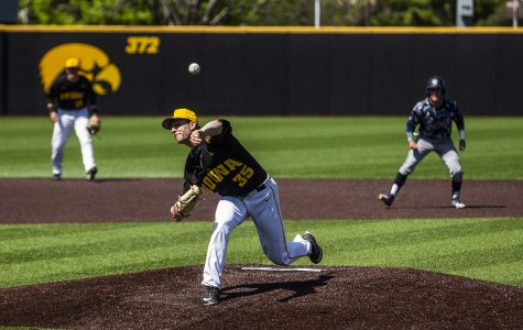 Iowa baseball drops Game 2 to Michigan State