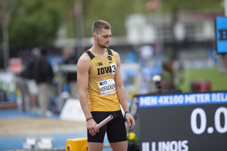 University+of+Iowa+Junior%2C+Collin+Hofacker%2C+prepares+for+the+men%27s+4x100-meter+relay+during+the+third+day+of+the+Big+Ten+Track+and+Field+Outdoor+Championships+at+Cretzmeyer+Track+on+Sunday%2C+May+12%2C+2019.+The+Hawkeyes+placed+fourth+in+the+men%27s+4x100-meter+relay.+