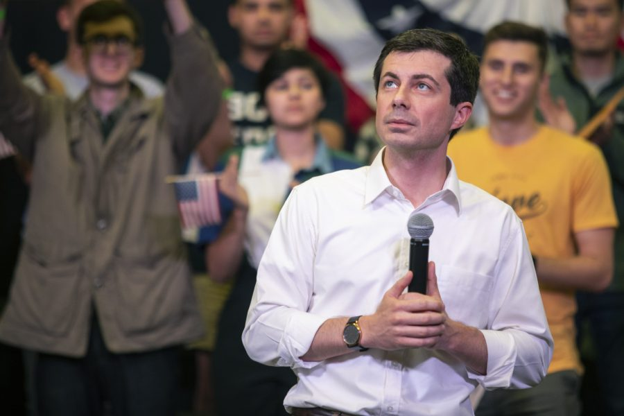 2020+Democratic+presidential-nomination+candidate++Pete+Buttigieg+prepares+to+speak+during+the+town+hall+at+the+Wildwood+Smokehouse+%26amp%3B+Saloon+on+May+18%2C+2019.+The+Iowa+City+event+marked+the+third+of+four+Iowa+campaign+stops+for+Buttigieg+this+weekend.+