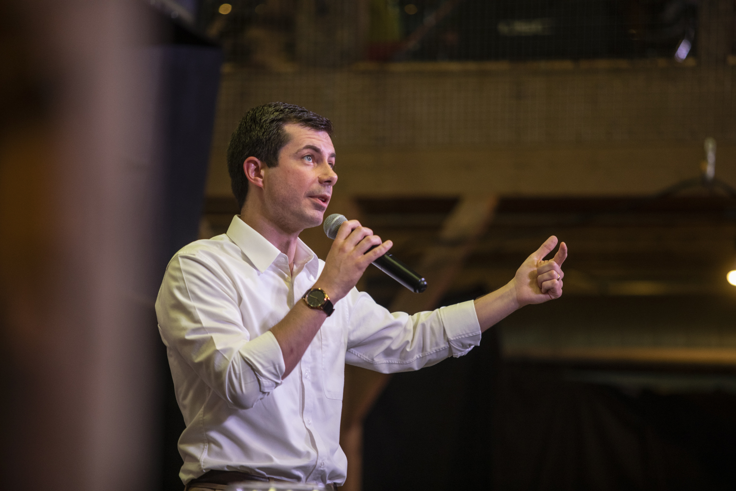 Buttigieg's 'Grotesque' Trump Remark Draws Applause From Fox Crowd