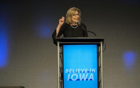 Democrat Rita Hart launches bid for Dave Loebsack's seat in Congress