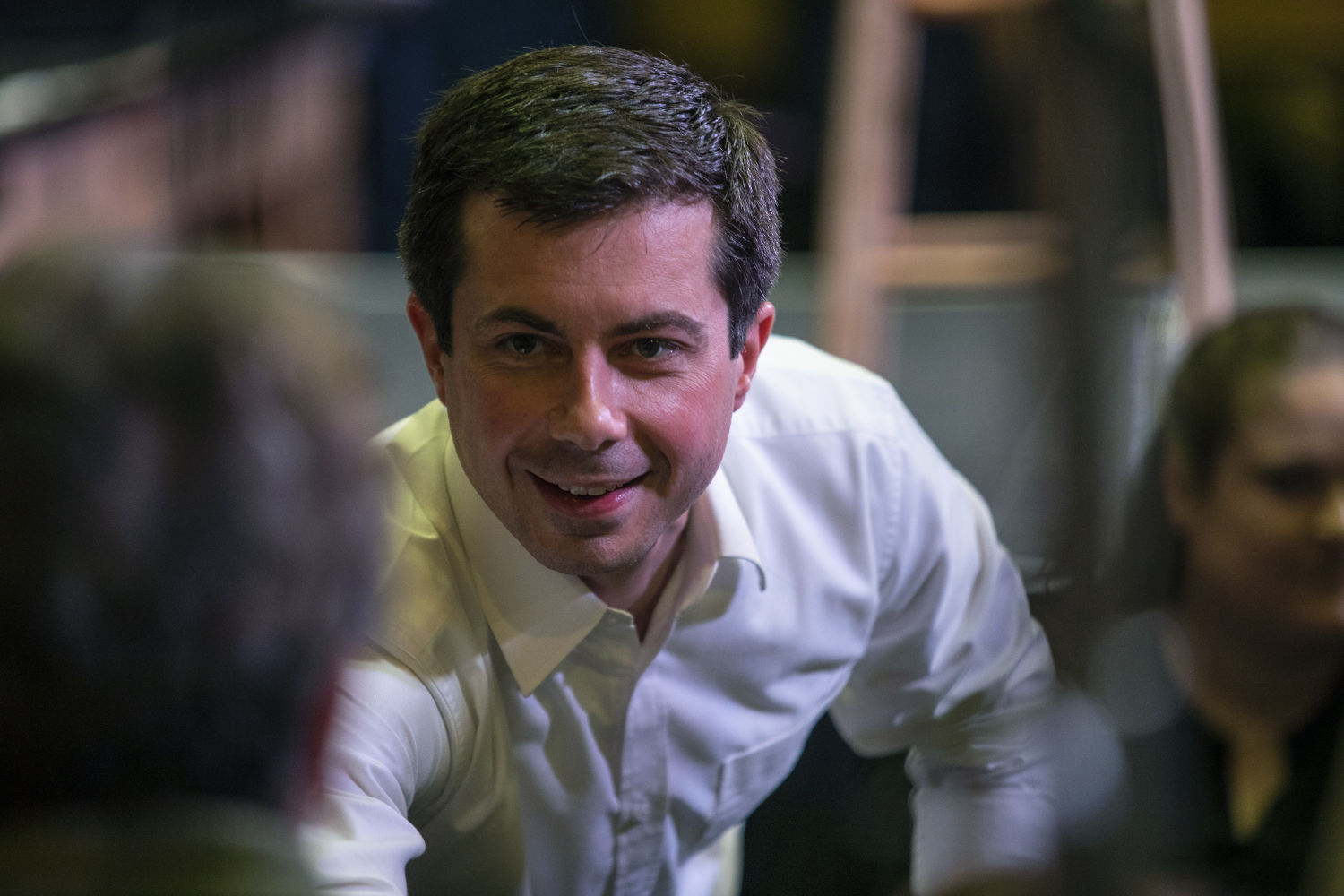 2020+Democratic+presidential-nomination+candidate+Pete+Buttigieg+shakes+hands+with+attendees+after+the+town+hall+at+the+Wildwood+Smokehouse+%26+Saloon+on+May+18%2C+2019.+The+Iowa+City+event+marked+the+third+of+four+Iowa+campaign+stops+for+Buttigieg+this+weekend.
